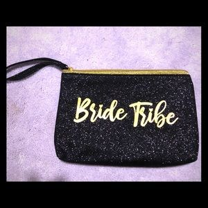 "Black wristlet zipper clutch bag ""Bride Tribe"""